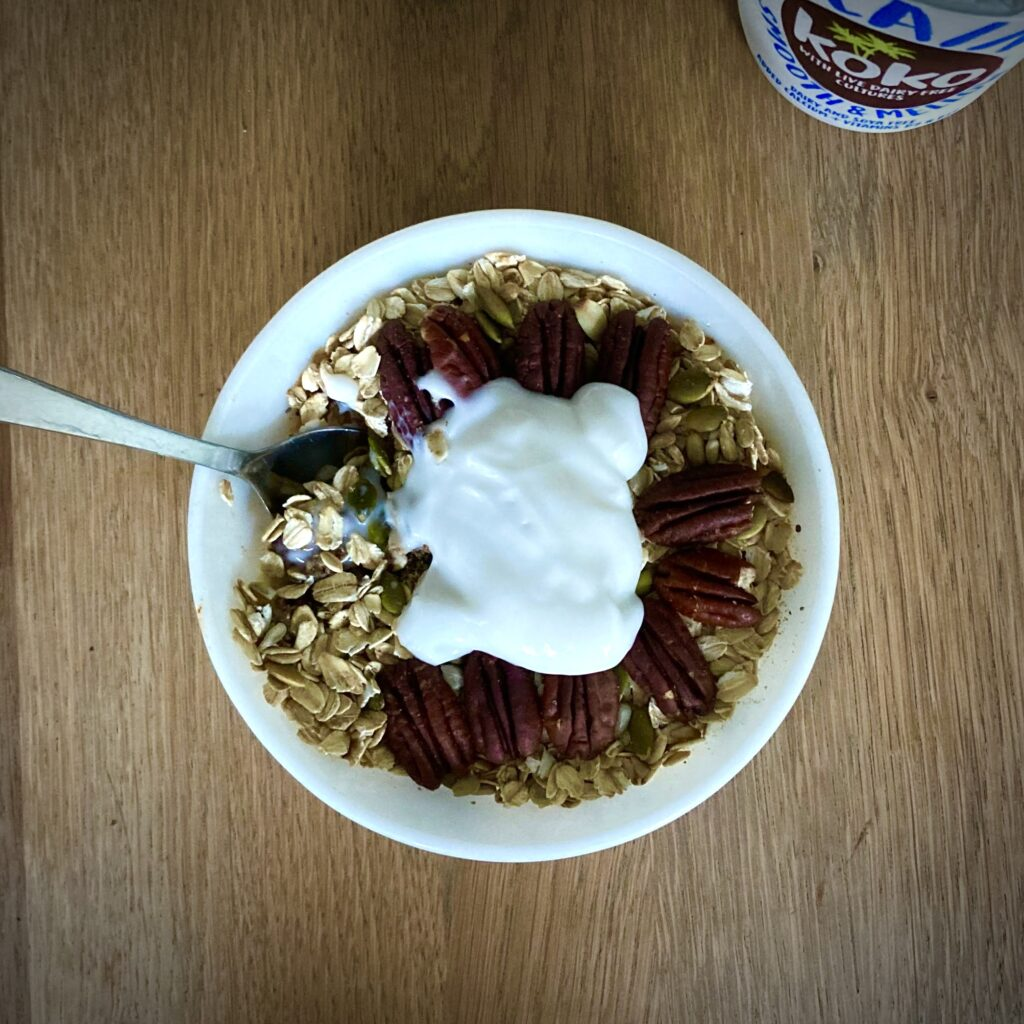 healthy breakfast crumble with coconut yoghurt